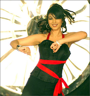 Ayesha Takia in Wanted