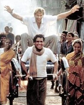 Om Puri and Patrick Swayze in City Of Joy