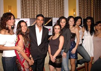 Sushma Reddy, Rupali Ganguly, Akshay Kumar,  Nauheed Cyrusi, Rosa Catalano, Bruna Abdullah, Jesse Randhawa. Anushka Manchanda, Shweta Salve