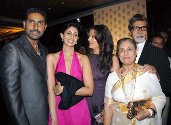 Abhishek, Shweta, Aishwarya, Jaya and Amitabh Bachchan
