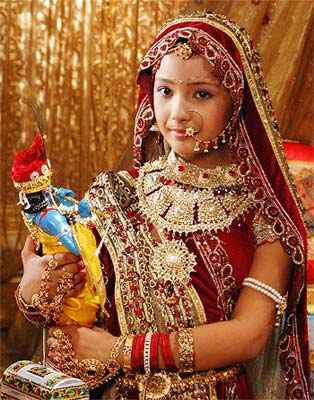 Rajasthani Bride Dress www.fashion-beautyzone.blogspot.com