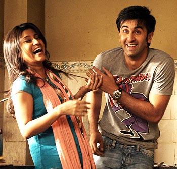 Konkona Sen Sharma and Ranbir Kapoor in a scene from Wake Up Sid