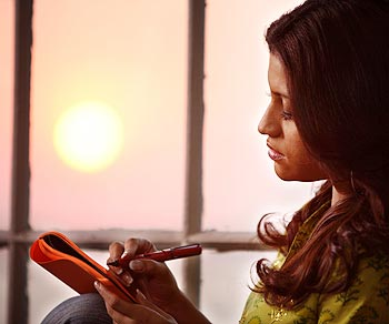 Konkona Sen Sharma in a scene from Wake Up Sid