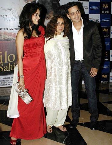 Vidya Malvade, Dimple Kapadia and Rehan Khan