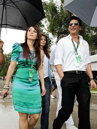 Minisha Lambha and Shah Rukh Khan