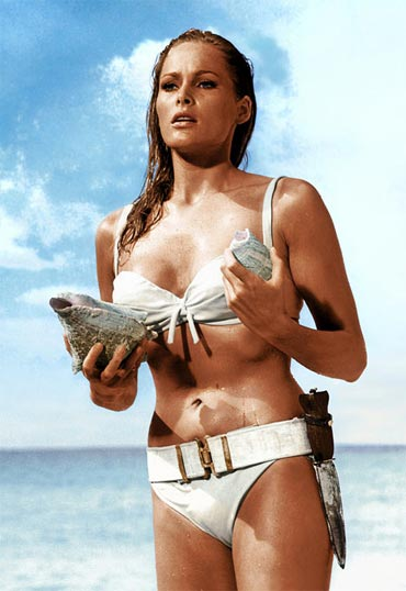 A scene from Dr No