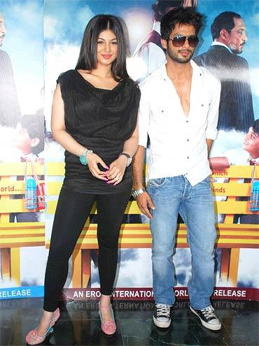 Ayesha Takia Azmi and Shahid Kapoor