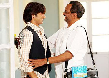 Nana Patekar and Shahid Kapoor in Paathshaala