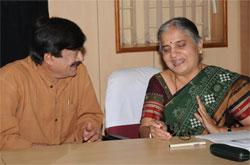 Ananth Nag and Sudha Murthy
