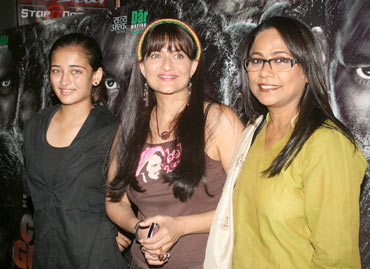 Sarika, Akshara and Seema Biswas