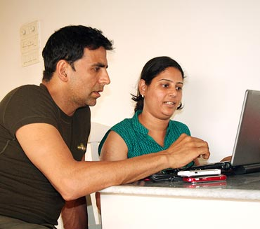 Akshay Kumar with a rediff staffer