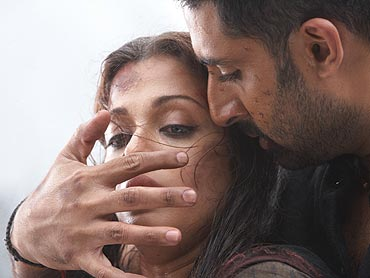 Aishwarya Rai Bachchan and Abhishek in Raavan
