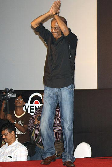 Rajnikanth at the Robot/Endhiran music launch in Mumbai