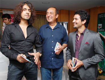 Sonu Nigam, Mano Murthy and Diganth