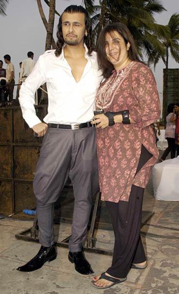 Sonu Nigam and Farah Khan