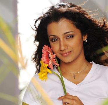 Trisha in Vinnaithaandi Varuvaaya