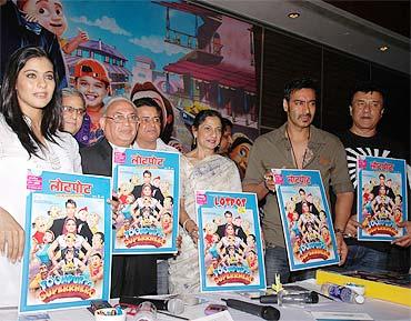 Kajol, Kumar Mangat Pathak, Tanuja, Ajay Devgn and Anu Malik