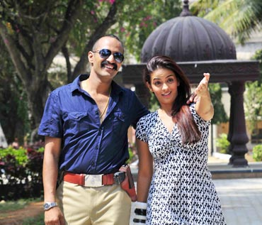 Kishore and Jennifer Kotwal in Huli