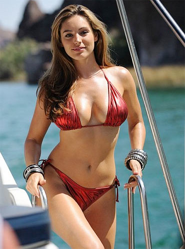 Kelly Brook in Piranha 3D