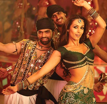 Malaika Arora in Dabangg