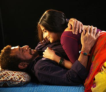 Naseeruddin Shah and Vidya Balan in Ishqiya