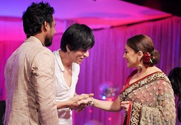 Choreographer Remo D'Souza, Shah Rukh Khan and Madhuri Dixit