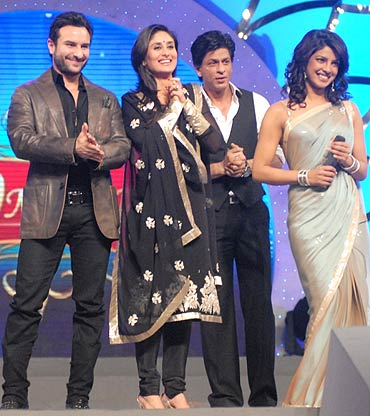 Saif Ali Khan, Kareena Kapoor, Shah Rukh Khan and Priyanka Chopra