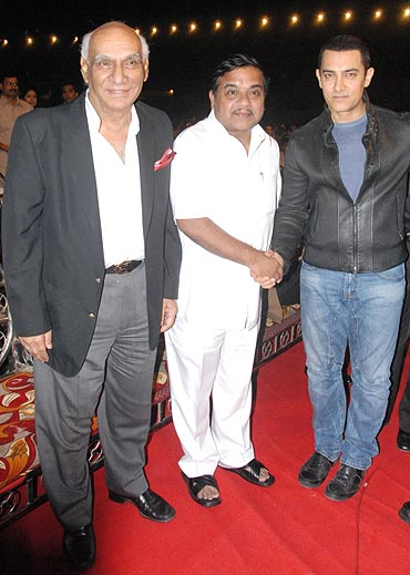 Yash Chopra, R R Patil and Aamir Khan