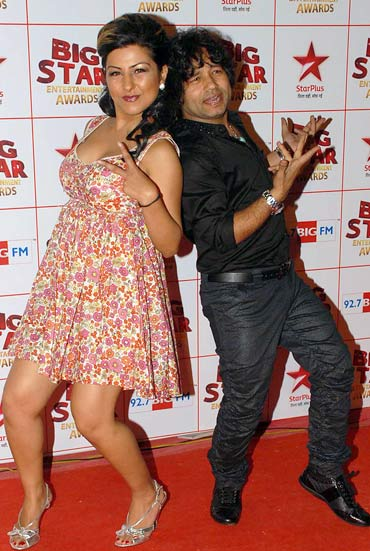 Hard Kaur and Kailash Kher