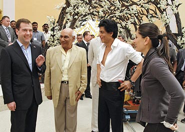 Dmitry Medvedev, Yash Chopra, Shah Rukh Khan and Kareena Kapoor