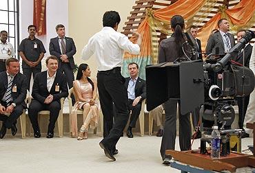 Shah Rukh Khan, Dimitri Medvedev and Kareena Kapoor