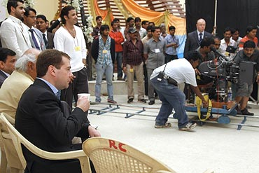 Dimitri Medvedev watches the Ra.One shoot