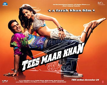 The Tees Maar Khan poster