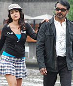 Sarath Kumar and Shriya Saran in Jaggubhai