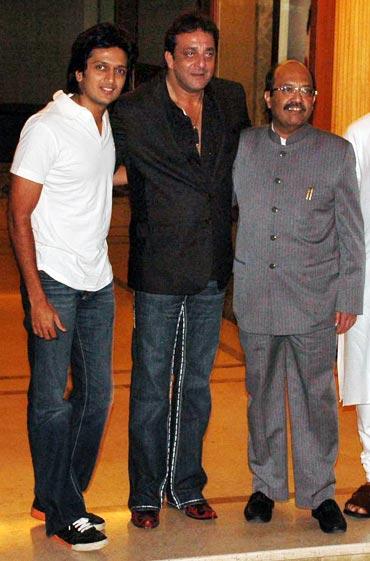 Ritesh Deshmukh, Sanjay Dutt and Amar Singh