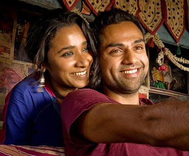 Tannishtha Chatterjee and Abhay Deol in Road, Movie