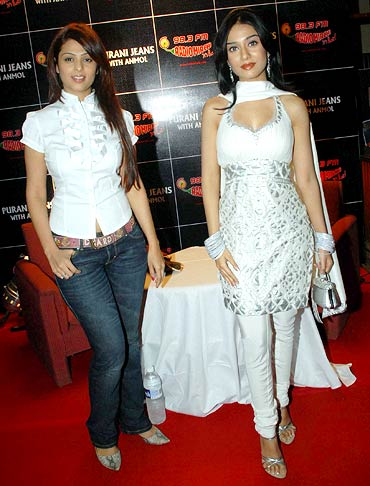 Anjana Sukhani and Amrita Rao