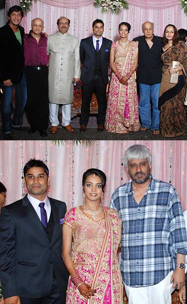 Top: Chunky Pandey, Mukesh Bhatt, Dr Agarwal, Hemant, Rashi, Mahesh and Soni Razdan. Bottom right: Vikram Bhatt