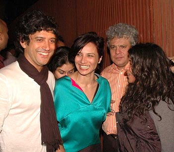 Farhan Akhtar with wife Adhuna and sister Zoya