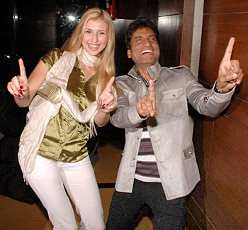 Claudia Ciesla and Raju Srivastav