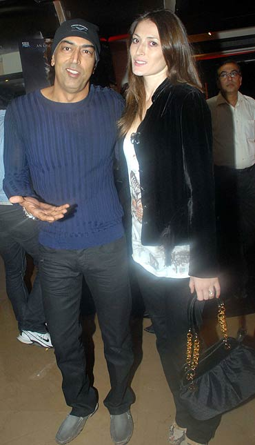 Vindu Dara Singh and Dina Umarova