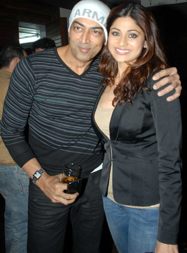Vindu Dara Singh and Shamita Shetty