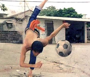 A scene from Shaolin Soccer