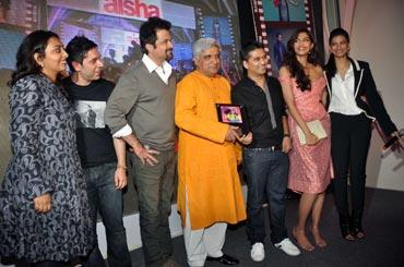 Rajshree Ojha, Anil Kapoor, Javed Akhtar, Amit Trivedi, Sonam Kapoor and Rhea Kapoor