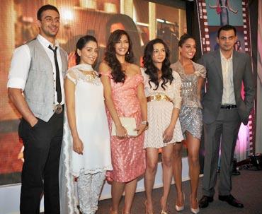 Arunodhay Singh, Amrita Puri, Sonam Kapoor, Ira Dubey, Lisa Hayden and Cyrus Sahukar