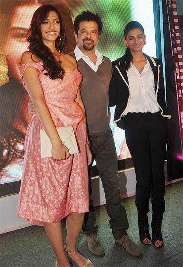 Sonam Kapoor, Anil Kapoor and Rhea Kapoor