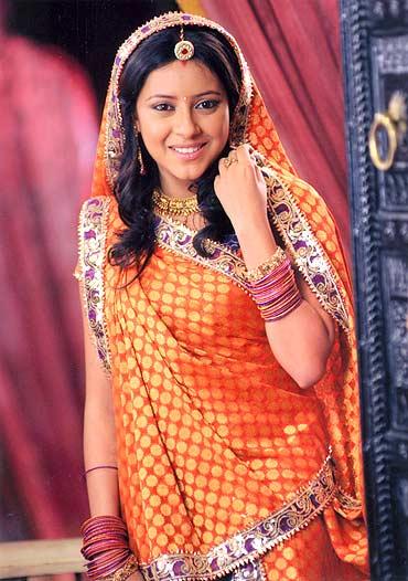 Meet Balika Vadhu's new Anandi