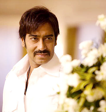 ajay devgan once upon a time in mumbaai
