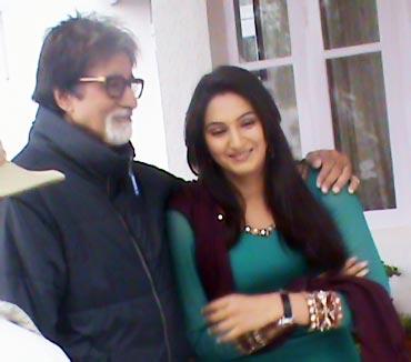 Amitabh Bachchan and Ragini Dwivedi