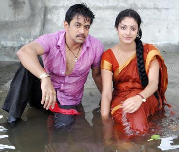 Haripriya and Arjun in Vallakottai